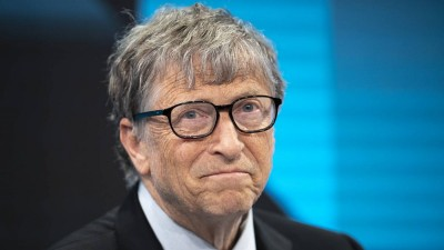 Bill Gates - Κορωνοϊός: Δίνουμε δισεκατομμύρια για εμβόλια και μετά λένε προσπαθείτε να βγάλετε λεφτά