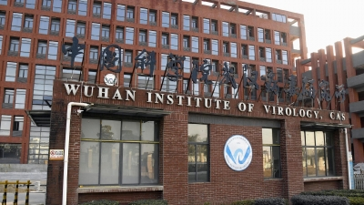 O Biden «ξηλώνει» την επιτροπή έρευνας Covid 19, ενώ ο Fauci παραδέχτηκε την χρηματοδότηση της Wuhan – Πυρά από Κίνα