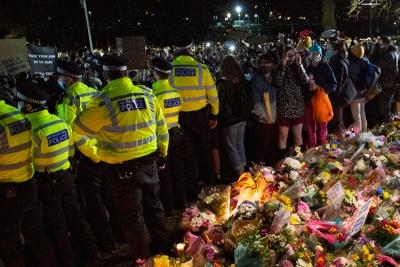 Βρετανία: Το υπ.Εσωτερικών ζητά εξηγήσεις από την αστυνομία για την βία κατά γυναικών σε ολονυκτία