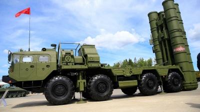 Αντιμέτωπη με τις αμερικανικές κυρώσεις η Τουρκία λόγω του ρωσικού πυραυλικού συστήματος S-400