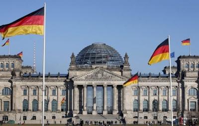 Δημοσκόπηση στη Γερμανία: Πέφτει το CDU στο 26%, ανεβαίνουν οι Πράσινοι στο 21% - Τέταρτο κόμμα το SPD