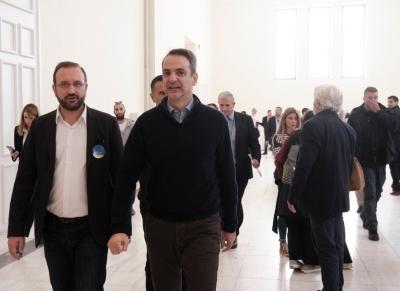 Στο Ζάππειο Μέγαρο ο Μητσοτάκης - Ψήφισε στις εκλογές του Οικονομικού Επιμελητηρίου της Ελλάδας