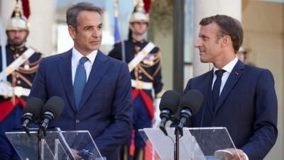 Το «ευχαριστώ» Μητσοτάκη στον Macron για τη στήριξή του έναντι της Τουρκίας