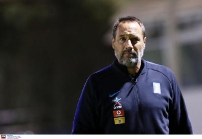 Δημητρίου: «Δεν υπάρχει θέμα προπονητή, συνεχίζουμε με Φαν'τ Σχιπ»