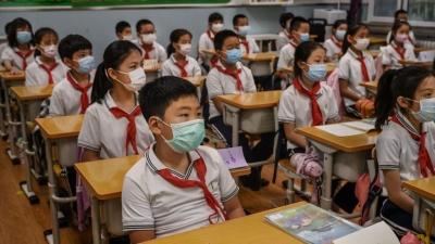Κίνα:  Γιατί μειώνει διά νόμου το διάβασμα στο σπίτι και τα ιδιαιτέρα για τους μαθητές