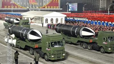 Βόρεια Κορέα: Ενδείξεις ότι πραγματοποιήθηκε στρατιωτική παρέλαση στην Πιονγκγιάνγκ