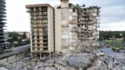 Μάχη των διασωστών με το χρόνο στα ερείπια του κτιρίου στο Μαϊάμι: 5 οι νεκροί, 156 οι αγνοούμενοι