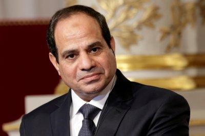 Ο πρόεδρος της Αιγύπτου υπόσχεται σφοδρή απάντηση για την επίθεση στο τέμενος στο Σίνα