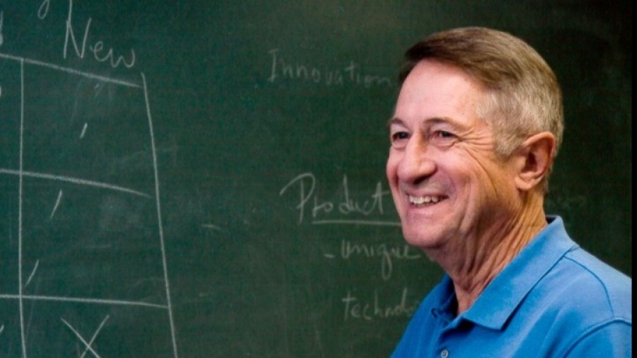 Απεβίωσε ο εφευρέτης του πρωτοποριακού υλικού GORE-TEX, Robert Gore