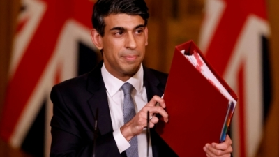 Sunak (ΥΠΟΙΚ Βρετανίας): Στο τραπέζι η αναβολή κατάθεσης του προϋπολογισμού για την ερχόμενη άνοιξη