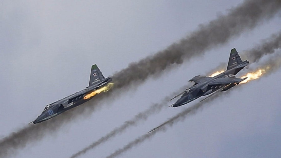 Συρία: Ρώσικα πολεμικά αεροσκάφη έπληξαν βάση τρομοκρατών με 200 νεκρούς