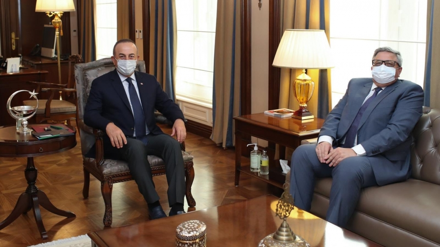 Cavusoglu: Συνάντηση με Ρώσο πρέσβη στη σκιά των επικρίσεων Lavrov