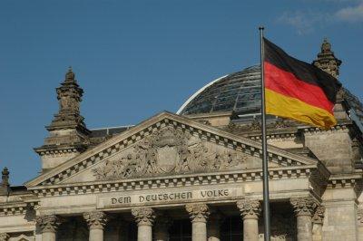 Γερμανία: «Αγκάθια» για τον σχηματισμό κυβέρνησης ο προϋπολογισμός της ευρωζώνης, ο ESM και η τραπεζική ένωση