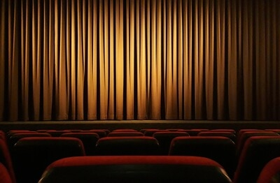 ΣΕΗ: 25 νέες καταγγελίες για σεξουαλική κακοποίηση κατά ηθοποιού και σεναριογράφου