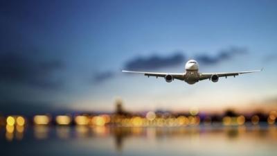 Έρευνα: Οι Έλληνες πιο αισιόδοξοι για επιστροφή στα αεροπορικά ταξίδια