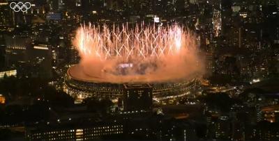 Λάμψη αστέρων, μηνύματα συγκίνησης και ελπίδας: Ξεκίνησαν οι 32οι Ολυμπιακοί αγώνες
