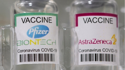 Έρευνα στη Βρετανία - Δύο δόσεις των εμβολίων Pfizer ή AstraZeneca είναι αποτελεσματικές κατά της μετάλλαξης Delta