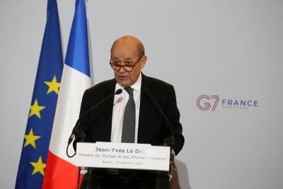 Γαλλία: Σύροι και Ρώσοι διαπράττουν εγκλήματα πολέμου στην Ιντλίμπ