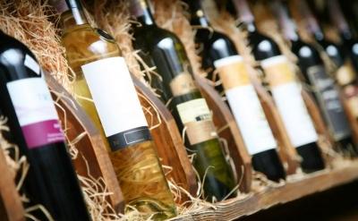 Γαλλία: Οι εξαγωγές κρασιού και ποτών υποχώρησαν 2 δισ. το 2020