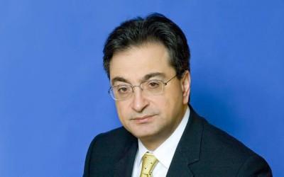 Η ανώτατη τιμητική διάκριση της Αρχιεπισκοπής Αθηνών στον CEO της Eurobank, Φωκίωνα Καραβία