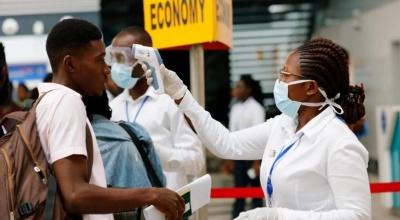 Τα πρώτα κρούσματα κορωνοιού στην Αφρική - Ξυπνούν μνήνες της πανδημίας του Έμπολα
