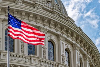 Οι τρεις λόγοι που οι ενδιάμεσες εκλογές στις ΗΠΑ έχουν για πρώτη φορά τόσο μεγάλο πολιτικό ενδιαφέρον