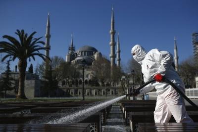 Αρνητικό ρεκόρ στην Τουρκία με 44.756 κρούσματα – Στους 186 οι νεκροί