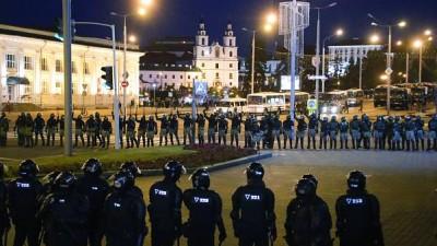 Λευκορωσία: Βίαιες συλλήψεις διαδηλωτών στην πρωτεύουσα Μινσκ