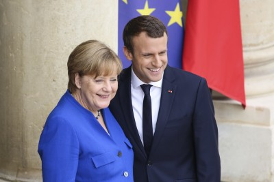 Macron - Merkel: Η ΕΕ πρέπει να σταθεί στο πλευρό των διαδηλωτών της Λευκορωσίας