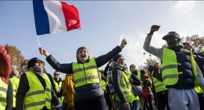 Γαλλία: Επέστρεψαν στους δρόμους τα