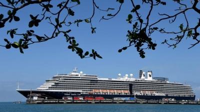 Σε ελληνικά λιμάνια τα κρουαζιερόπλοια της Holland America Line το 2022