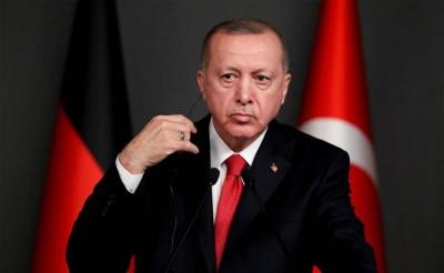 Μαίνεται η άγρια κόντρα: Μηνύσεις από τον Erdogan, είσαι «Loser» απαντά ο Wilders