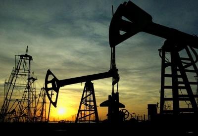 Συνεχίσε ανοδικά το πετρέλαιο - Στα 64,04 δολ/βαρέλι το brent