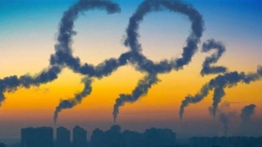 Κομισιόν: Εξετάζει την επέκταση δικαιωμάτων CO2 σε κτίρια και μεταφορές
