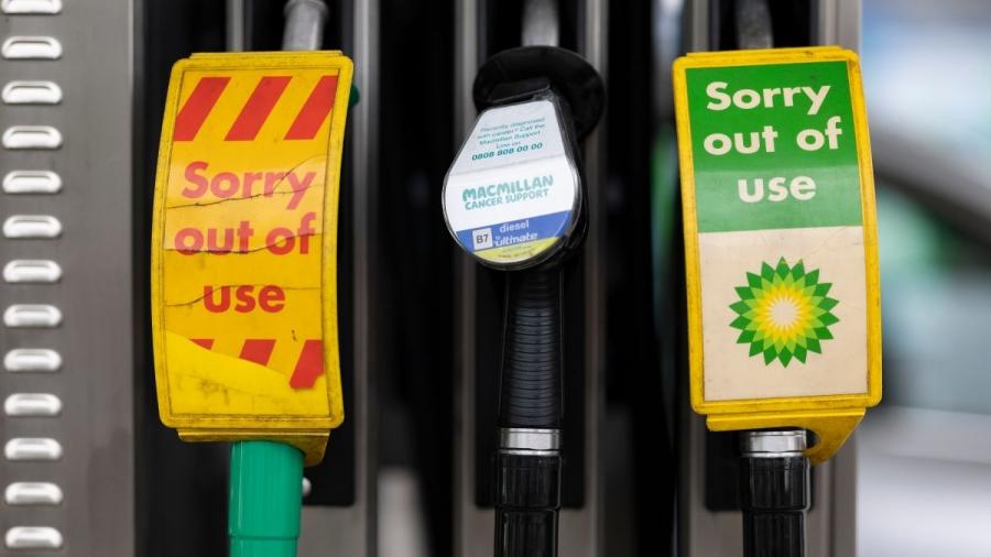 Βρετανία: Σε επιφυλακή ο στρατός για τις ελλείψεις καυσίμων