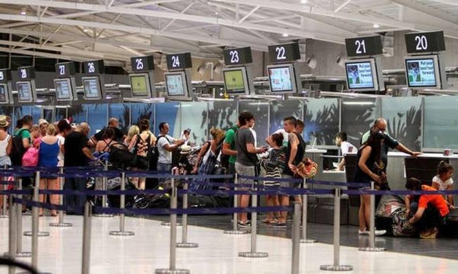 Κύπρος: Ανοίγει ο τουρισμός για τους εμβολιασμένους Βρετανούς την 1η Μαΐου