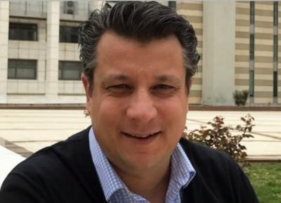 Δερμιτζάκης: Να ανοίξουν γυμνάσια και λύκεια – Δεν θα αλλάξει κάτι το click away