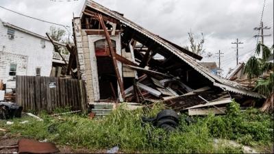 ΗΠΑ: Ένας νεκρός, διακοπές στην ηλεκτροδότηση και πλημμυρισμένοι δρόμοι από το πέρασμα του τυφώνα Άιντα