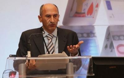 Μαλλιαρόπουλος (ΤτΕ): Το υψηλό τραπεζικό ρίσκο είναι το κύριο αίτιο για το χαμηλό ποσοστό χρηματοδότησης των ΜμΕ