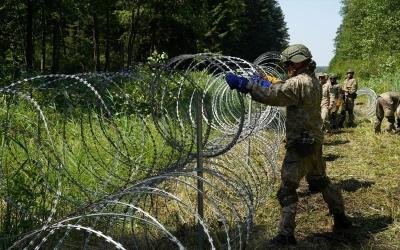 ΕΕ: «Καλή ιδέα» η ανέγερση φράκτη στη Λιθουανία για αναχαίτιση της παράνομης μετανάστευσης από τη Λευκορωσία