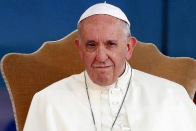 Πάπας Φραγκίσκος: Όλοι πρέπει να εμβολιαστούν – Υπάρχει ένας αυτοκτονικός αρνητισμός