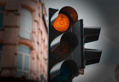 Πόσα ευρώ σε πρόστιμα μπορεί να επιφέρει μια αντικοινωνική οδήγηση σε αστικά κέντρα;