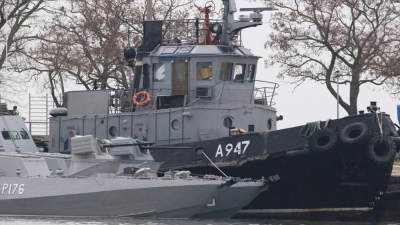 Κίεβο: Παράνομοι ρωσικοί αποκλεισμοί ξένων πολεμικών πλοίων στη Μαύρη Θάλασσα