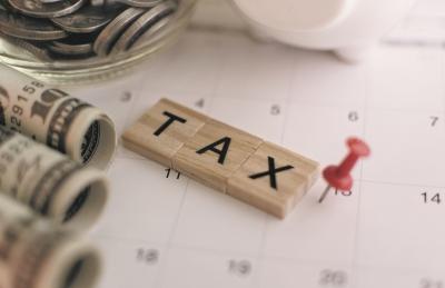 ΗΠΑ: Δεν συλλέγονται φόροι 1 τρισ.  δολ το έτος, δηλώνει ο επικεφαλής του IRS