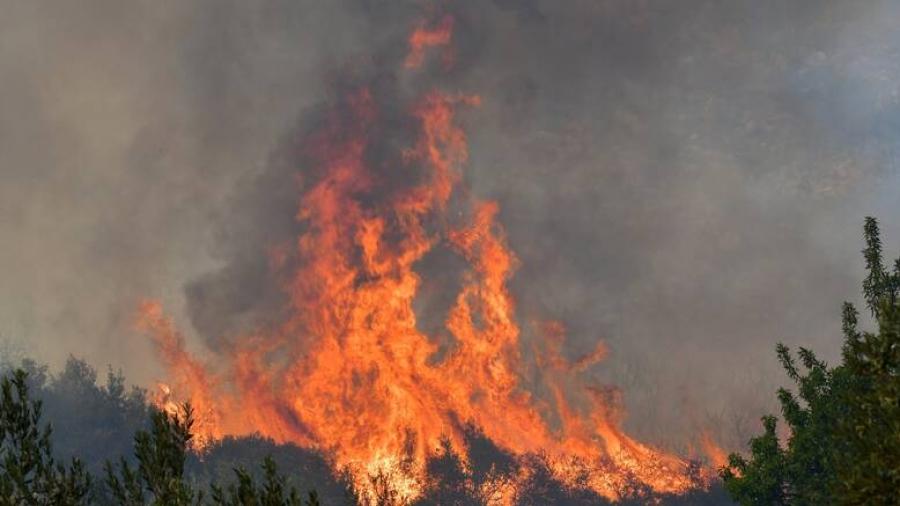 Νέα φωτιά κοντά στην Πάτρα - Εκκενώσεις στην περιοχή του προφήτη Ηλία