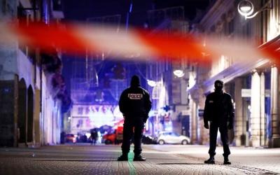 Στη Γερμανία συνεχίζεται η αναζήτηση για τον δράστη της επίθεσης στο Στρασβούργο