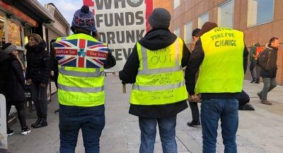 «Κίτρινα Γιλέκα» και στη Μ. Βρετανία – Ζητούν νέο Γενικό Εισαγγελέα
