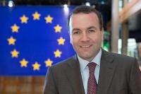 Weber (EΛΚ): Η νέα ελληνική κυβέρνηση πρέπει να σεβαστεί πλήρως τις δεσμεύσεις που ανέλαβε