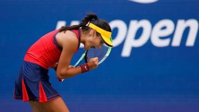 Έμα Ραντουκάνου: Η 18χρόνη σταρ του τένις έχει ως τελευταίο εμπόδιο για τη δόξα… τη Σάκκαρη!