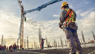 Οι κατασκευαστικές εταιρίες ετοιμάζονται για τα μεγάλα έργα και οι επενδυτές βλέπουν μεγάλες υπεραξίες